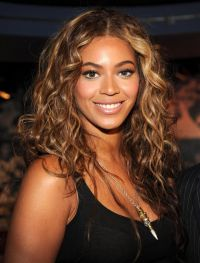 Beyonce-answer-the-call-charity